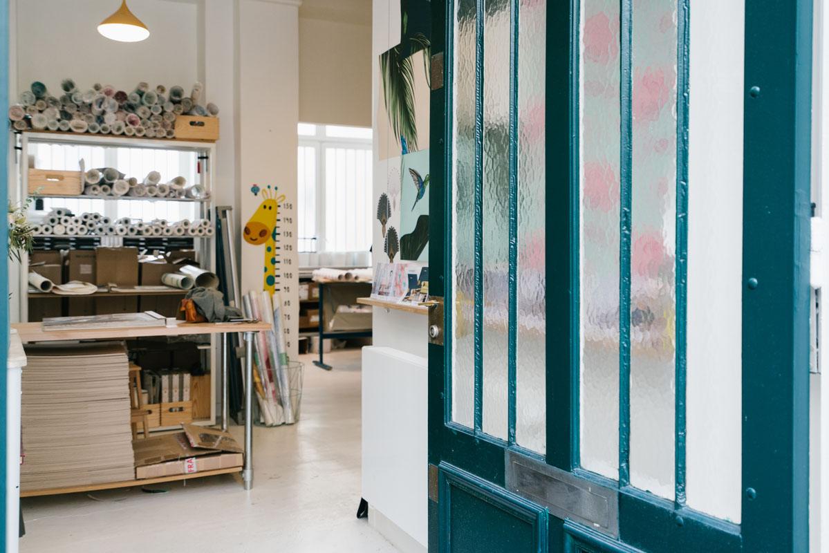 papermint la marque qui r invente le papier peint hoodspot journal. Black Bedroom Furniture Sets. Home Design Ideas