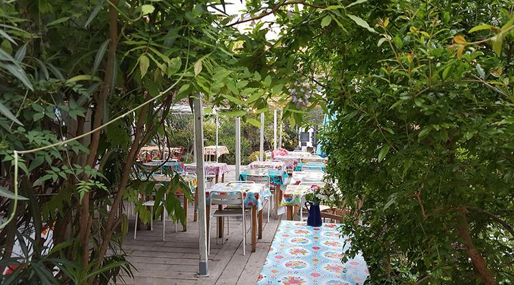Extérieur du restaurant la Passarelle à Marseille