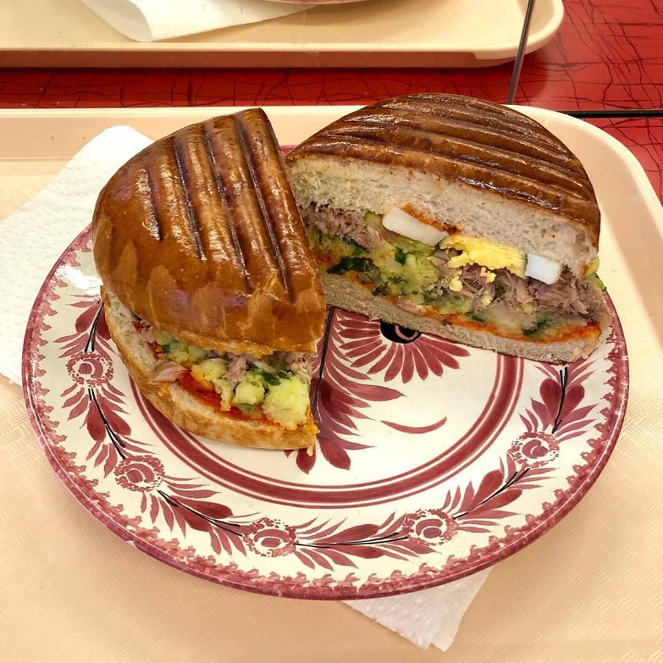 Sandwich chez le Favori à Paris
