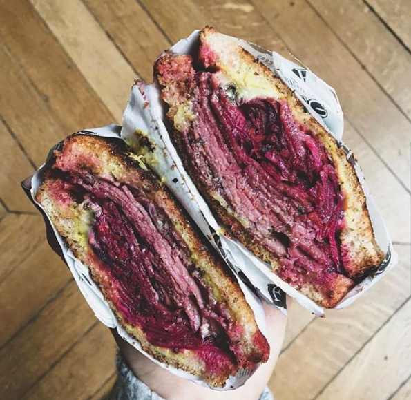 Sandwich reuben chez frenchie to go
